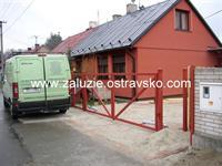 Otočná brána Petřvald
