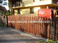 Samonosná brána Chotěbuz
