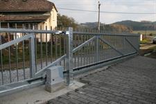 Samonosná posuvná brána průjezd 6 metrů, Dolní Studýnky