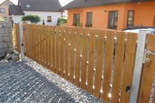 Posuvná brána s dřevěnou výplní, Dolní Studýnky