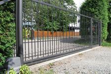 Samonosná posuvná kovaná brána , Nový Malín