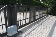 Samonosná posuvná brána průjezd 6 metrů Nový Malín