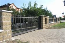 Samonosná posuvná kovaná brána Rapotín