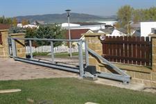 Samonosná posuvná ocelová brána Štíty